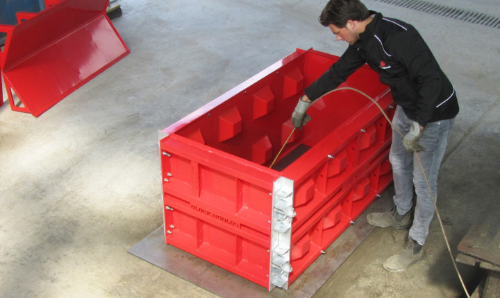 instructions to build block moulds